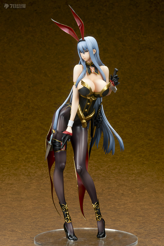valkyria_duel_chronicles_selvaria_bles_bunny_spy_ver_photo_04.jpg