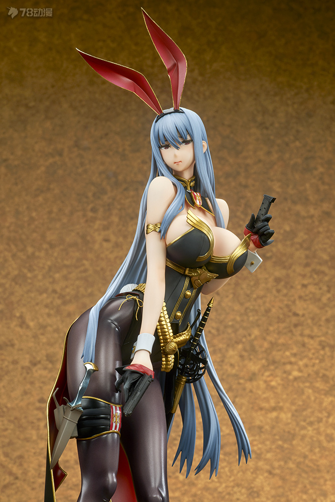 valkyria_duel_chronicles_selvaria_bles_bunny_spy_ver_photo_10.jpg