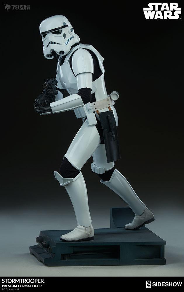 Sideshow-Stormtrooper-Statue-006.jpg