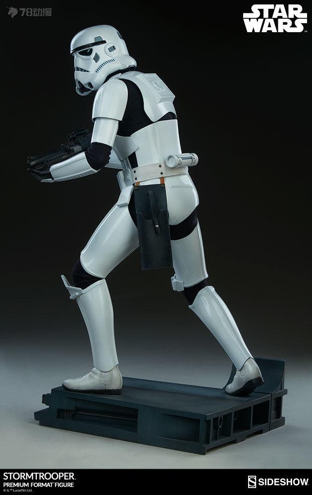 Sideshow-Stormtrooper-Statue-007.jpg