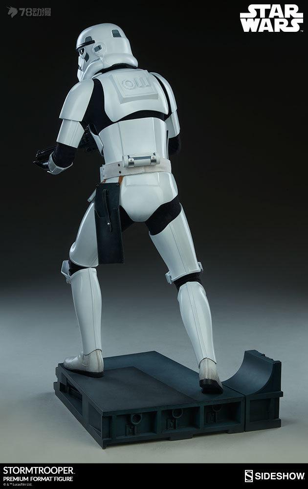 Sideshow-Stormtrooper-Statue-008.jpg