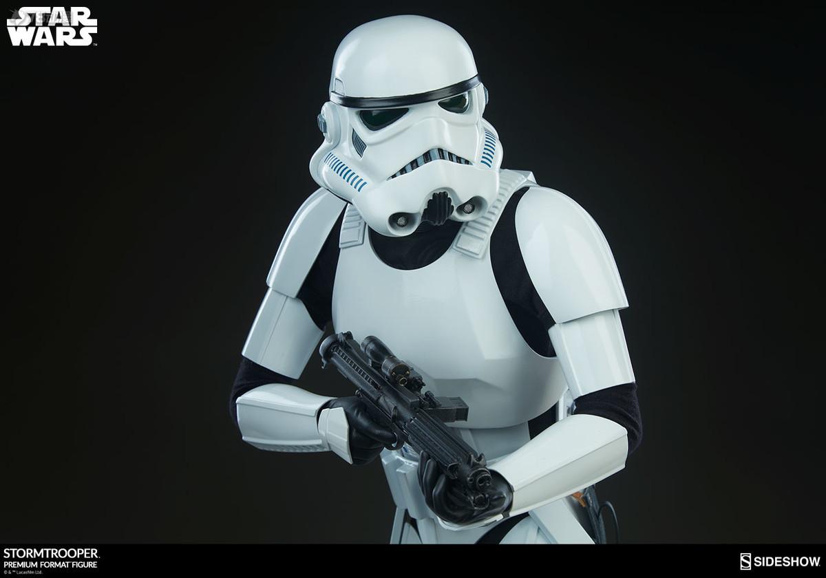 Sideshow-Stormtrooper-Statue-011.jpg