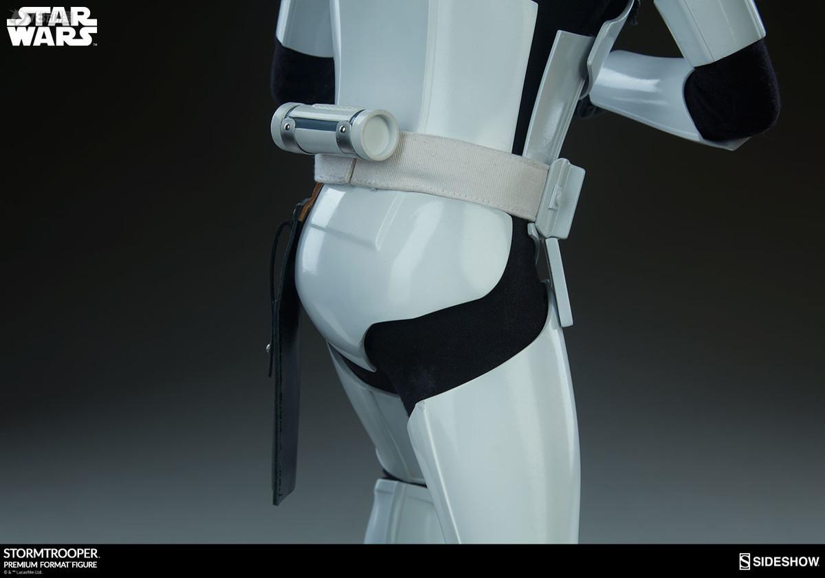 Sideshow-Stormtrooper-Statue-019.jpg