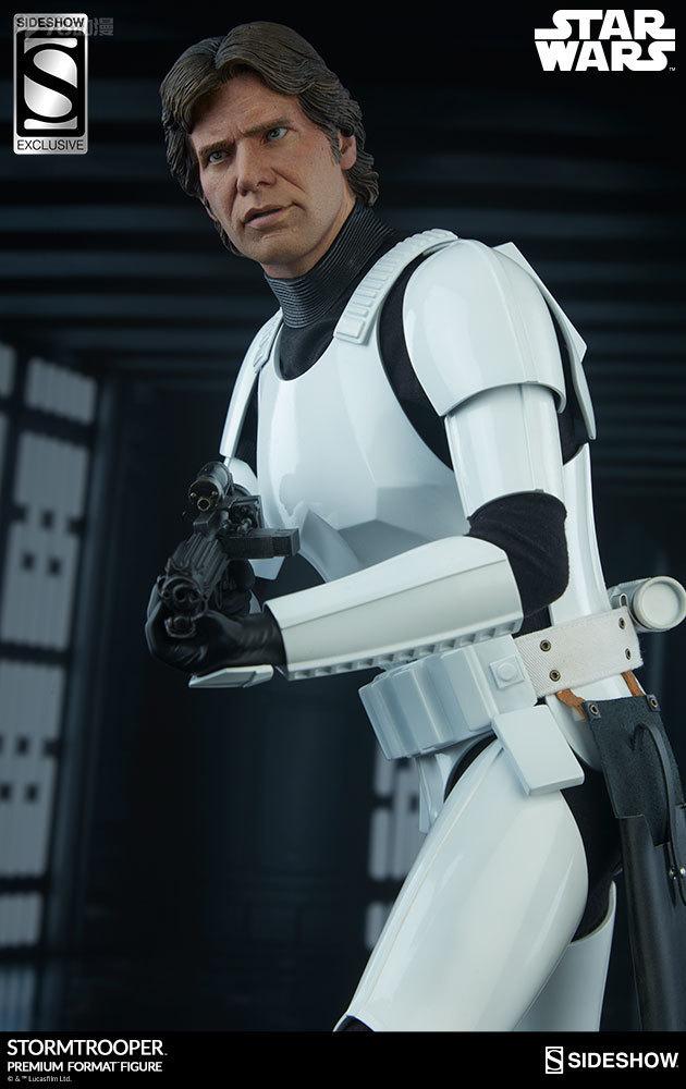 Sideshow-Stormtrooper-Statue-027.jpg