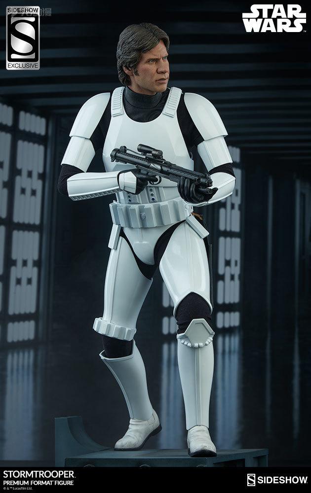 Sideshow-Stormtrooper-Statue-028.jpg