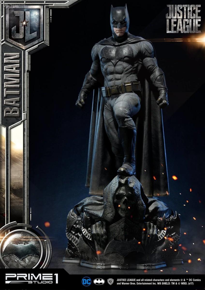 Prime-1-Justice-League-Batman-Statue-003.jpg