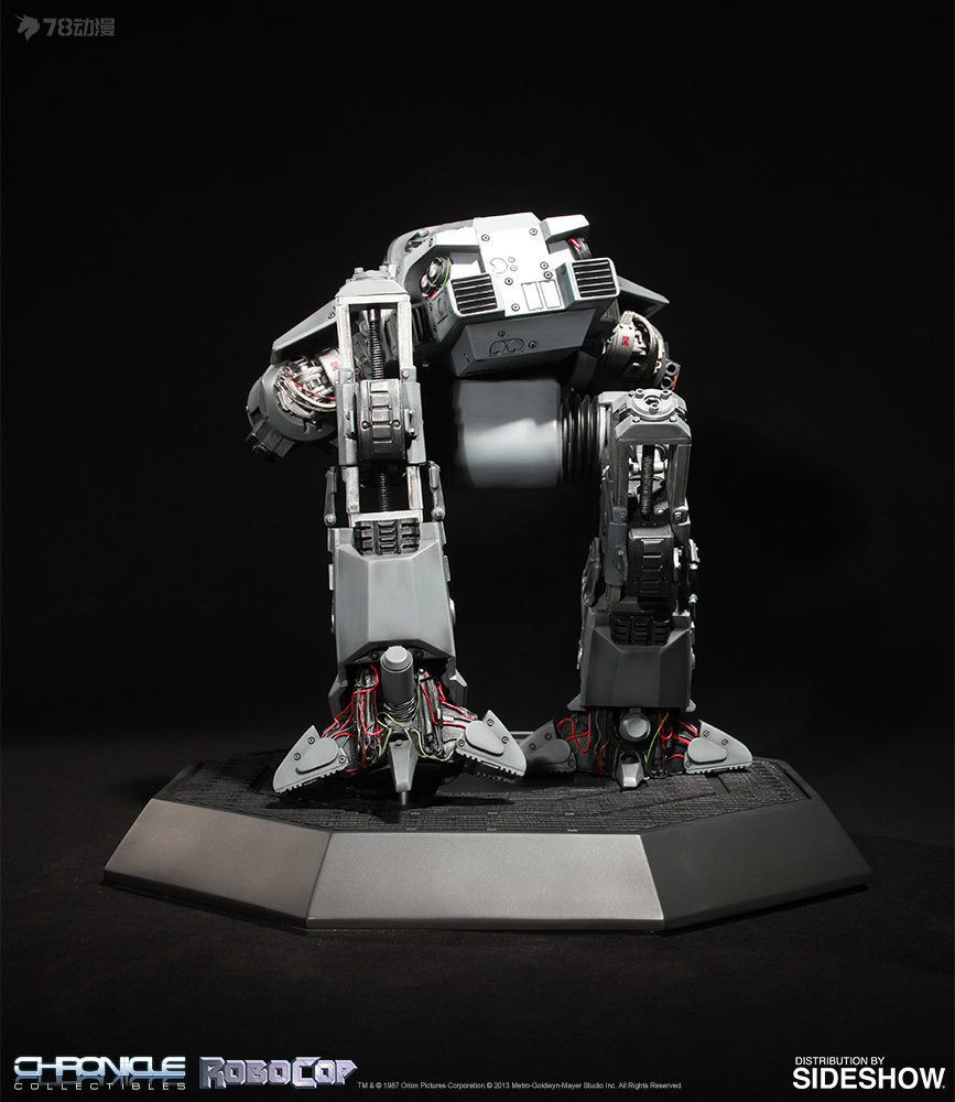robocop-ed-209-scale-replica-chronicle-collectibles-903643-03.jpg