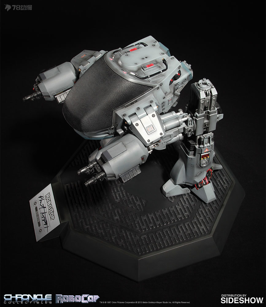 robocop-ed-209-scale-replica-chronicle-collectibles-903643-06.jpg
