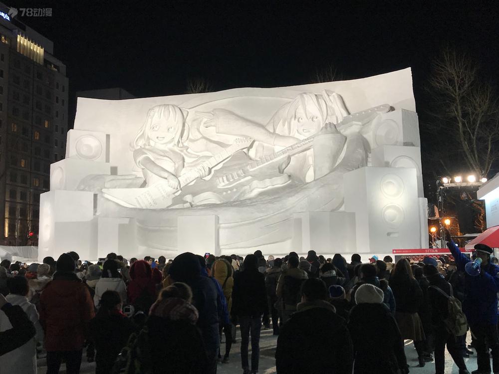 16北海道的冰雪节主角一初音.jpg