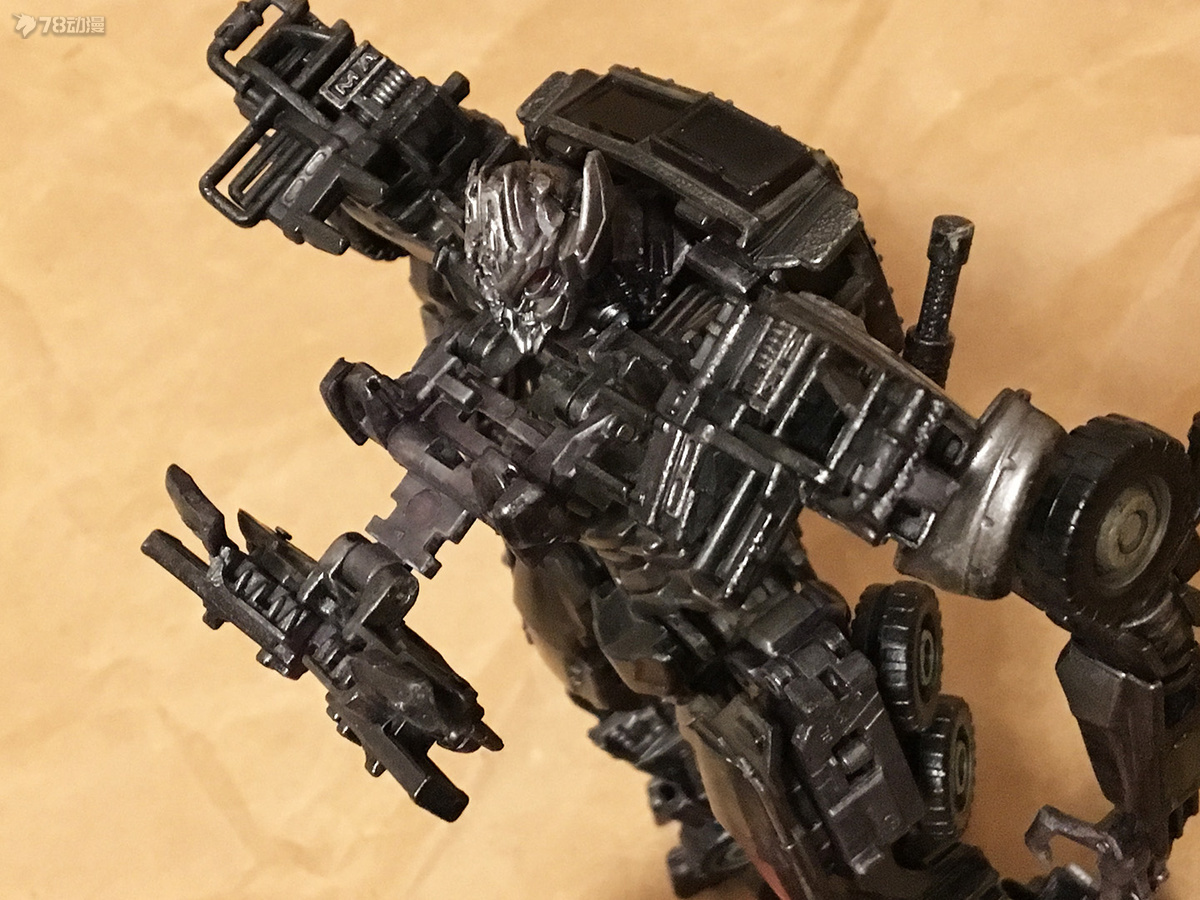DOTM Megatron 07.JPG