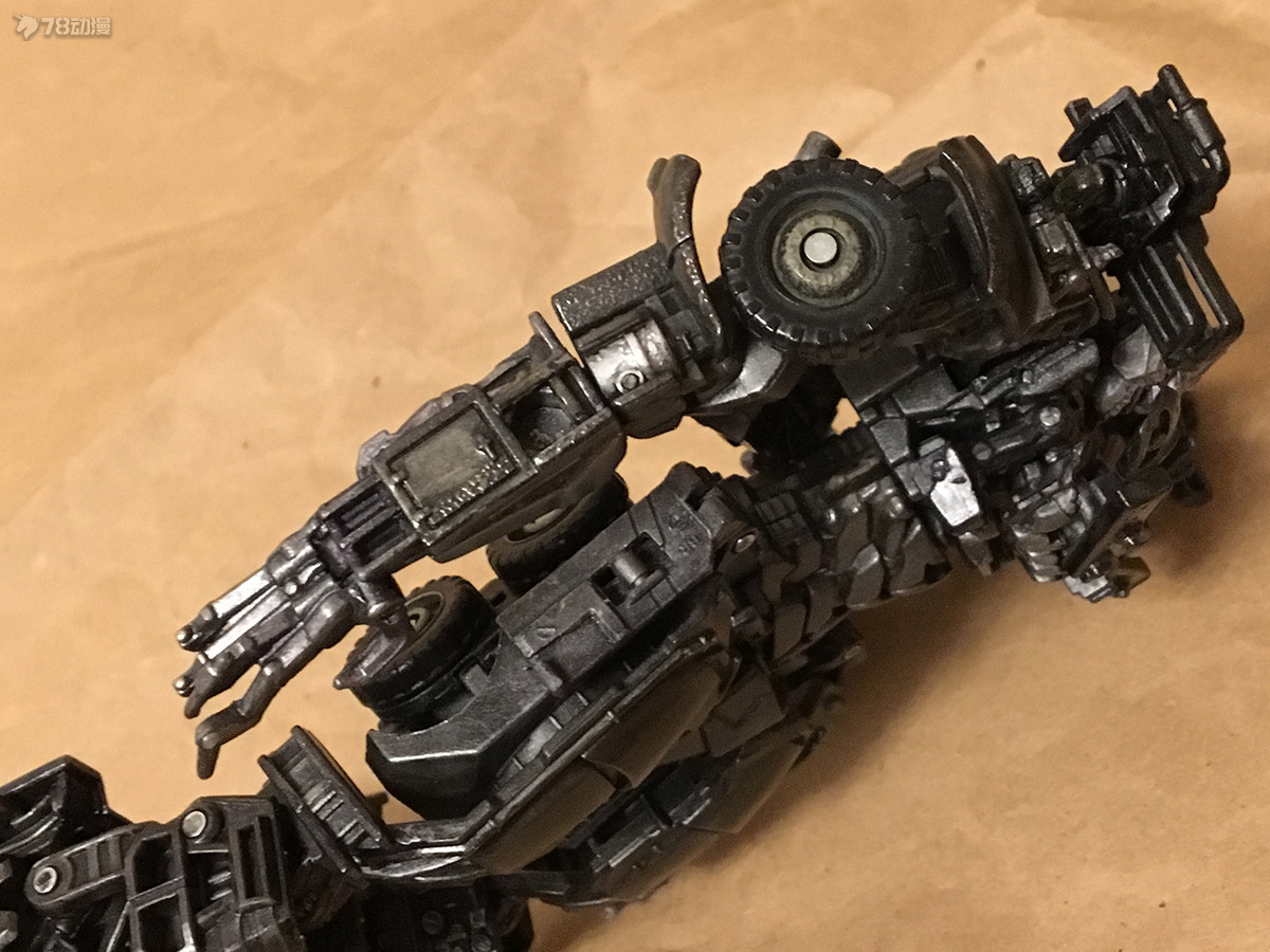 DOTM Megatron 21.JPG