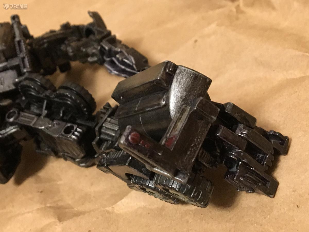 DOTM Megatron 43.JPG