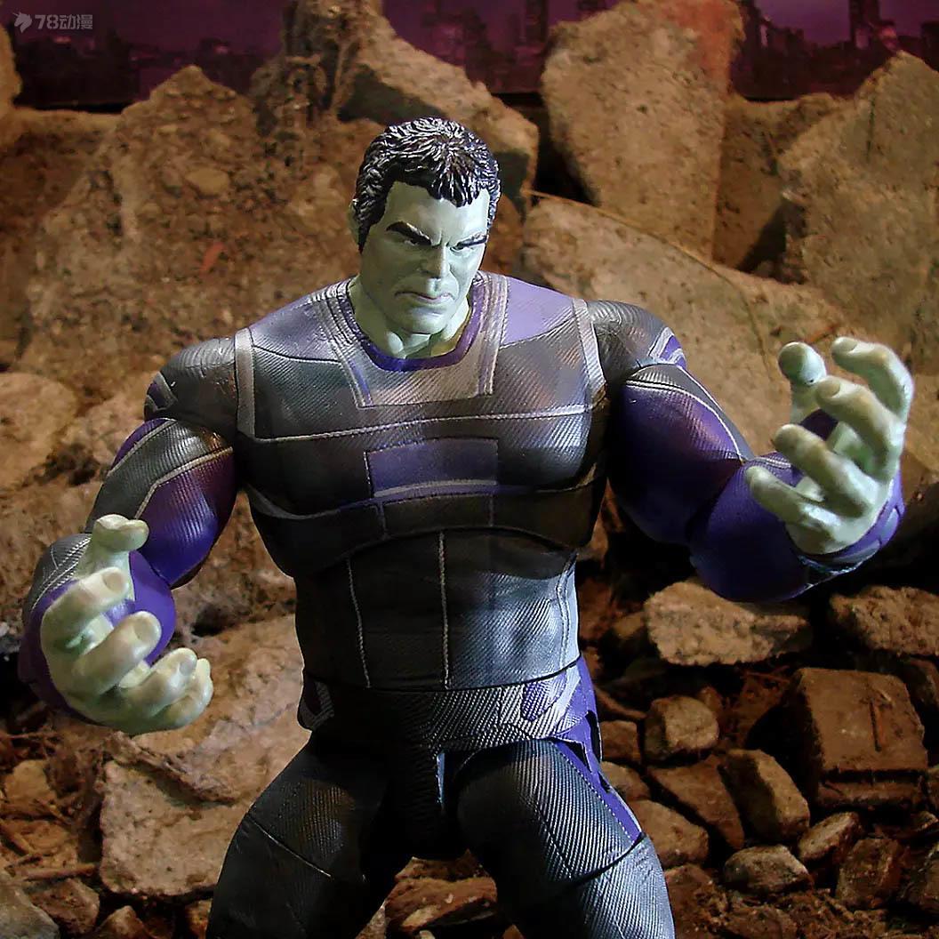 Marvel-Select-Endgame-Hulk-005.jpg