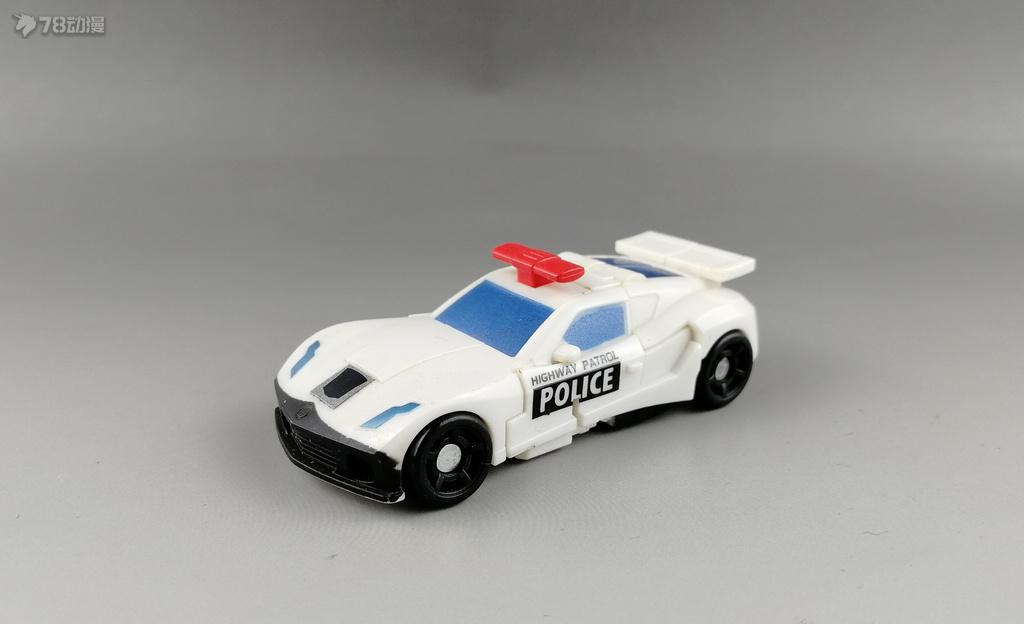 警车001.jpg
