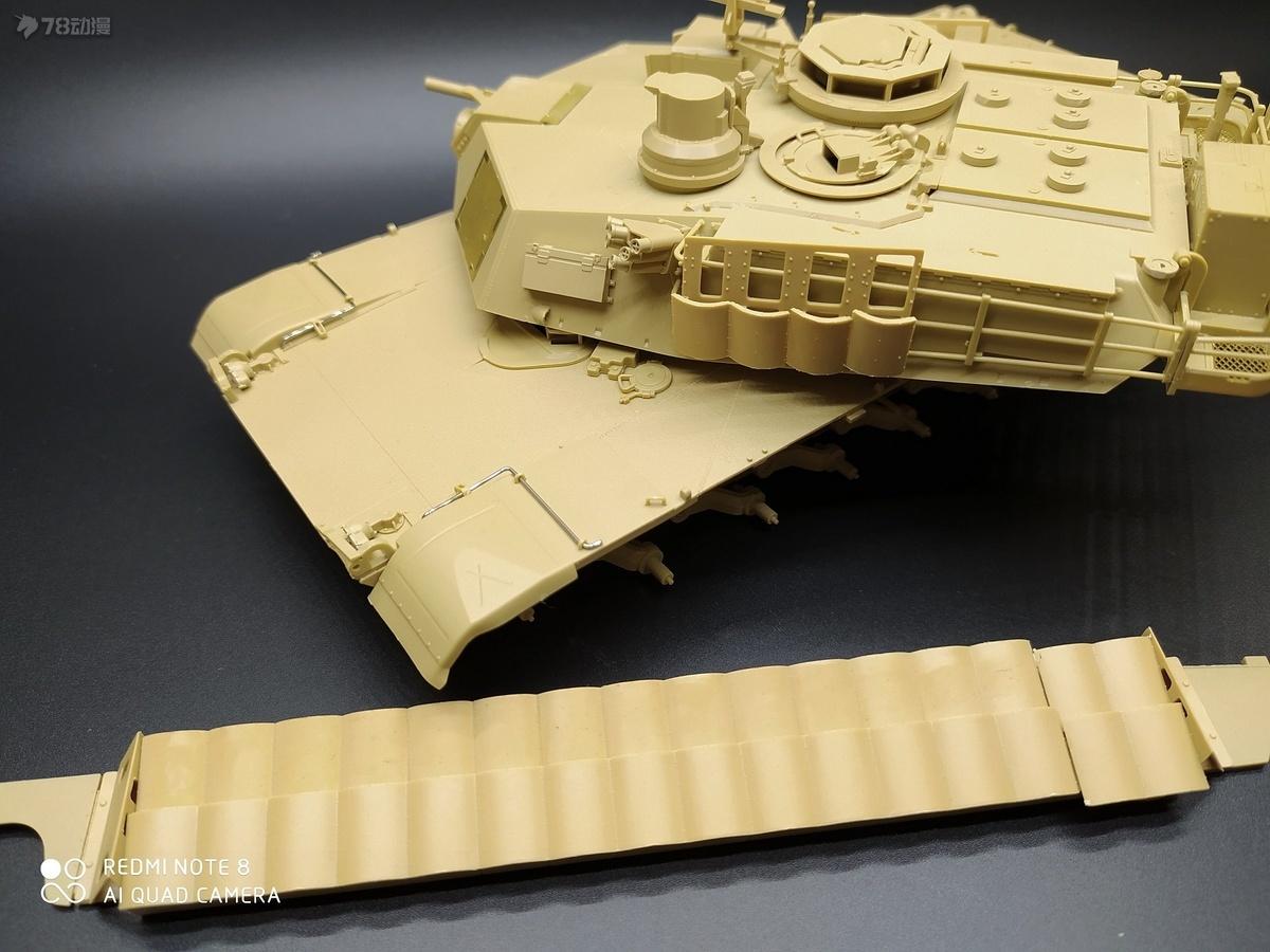 过程2用钢丝改造和增加TUSK2装甲.jpg